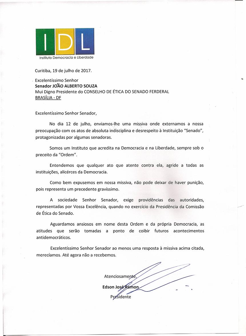 Senador JOÃO ALBERTO SOUZA0001
